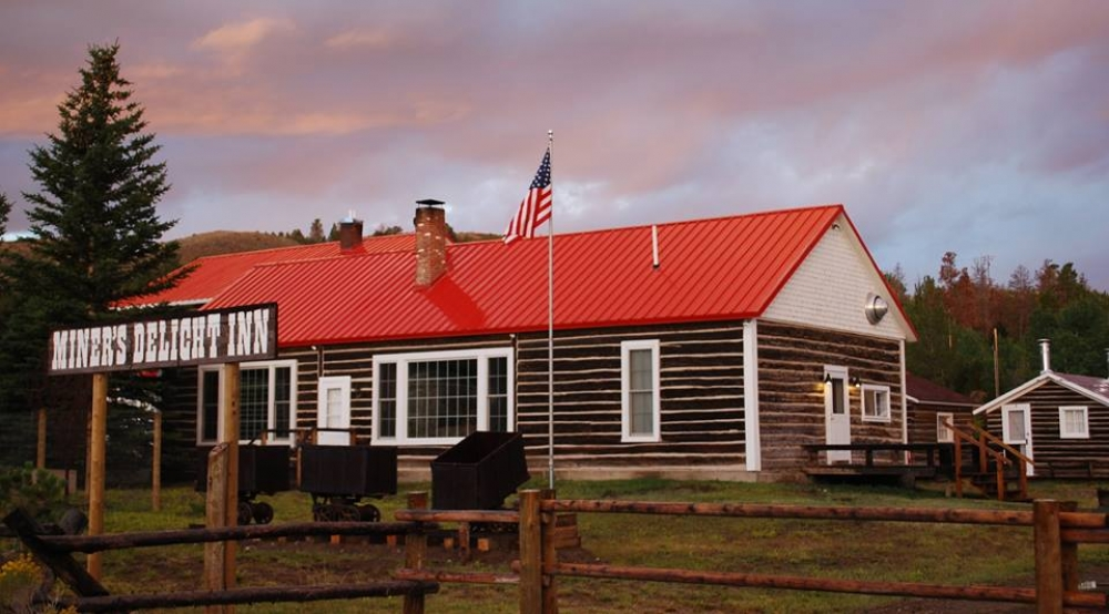 Wyoming bed and breakfast inn for sale - Miner
