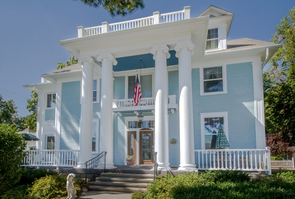 Missouri bed and breakfast inn for sale - The Dickey House Bed and Breakfast