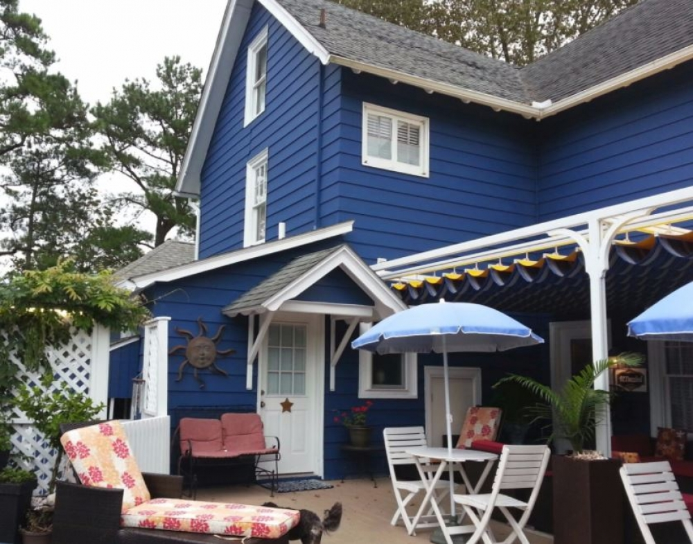 bed and breakfast inn for sale - Bewitched & BEDazzled B&B