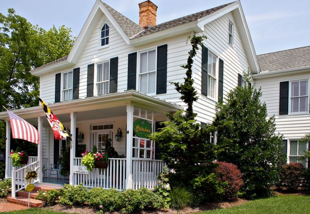 Maryland bed and breakfast inn for sale - Five Gables Inn & Spa