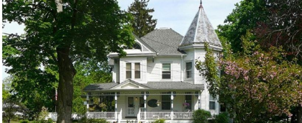 New-York bed and breakfast inn for sale - Stonegate Bed & Breakfast