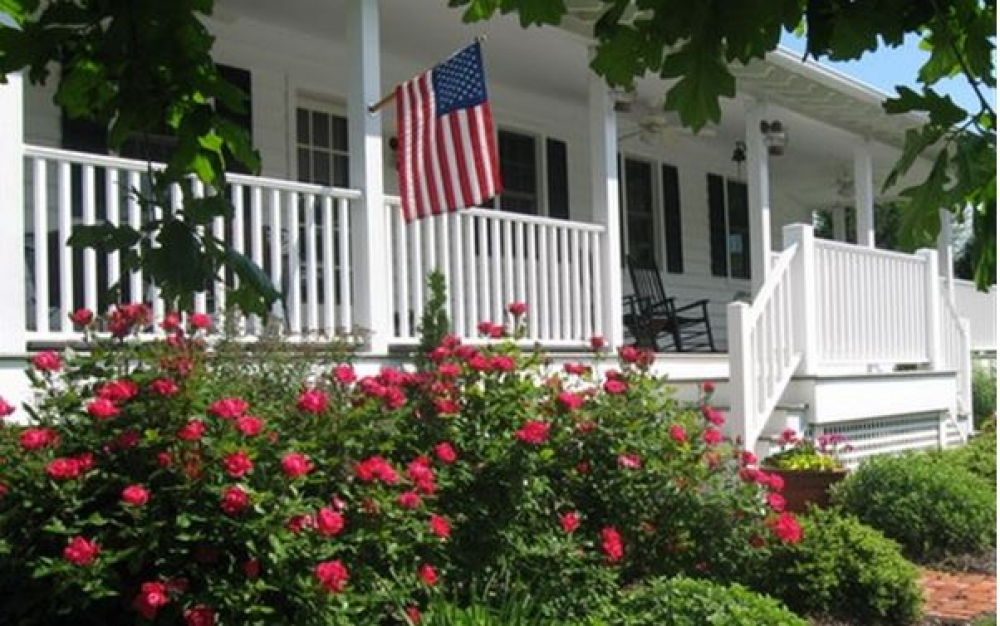 Maryland bed and breakfast inn for sale - The Lazy Jack Inn