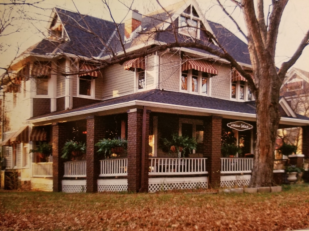 Kansas bed and breakfast inn for sale - The Woodward Max