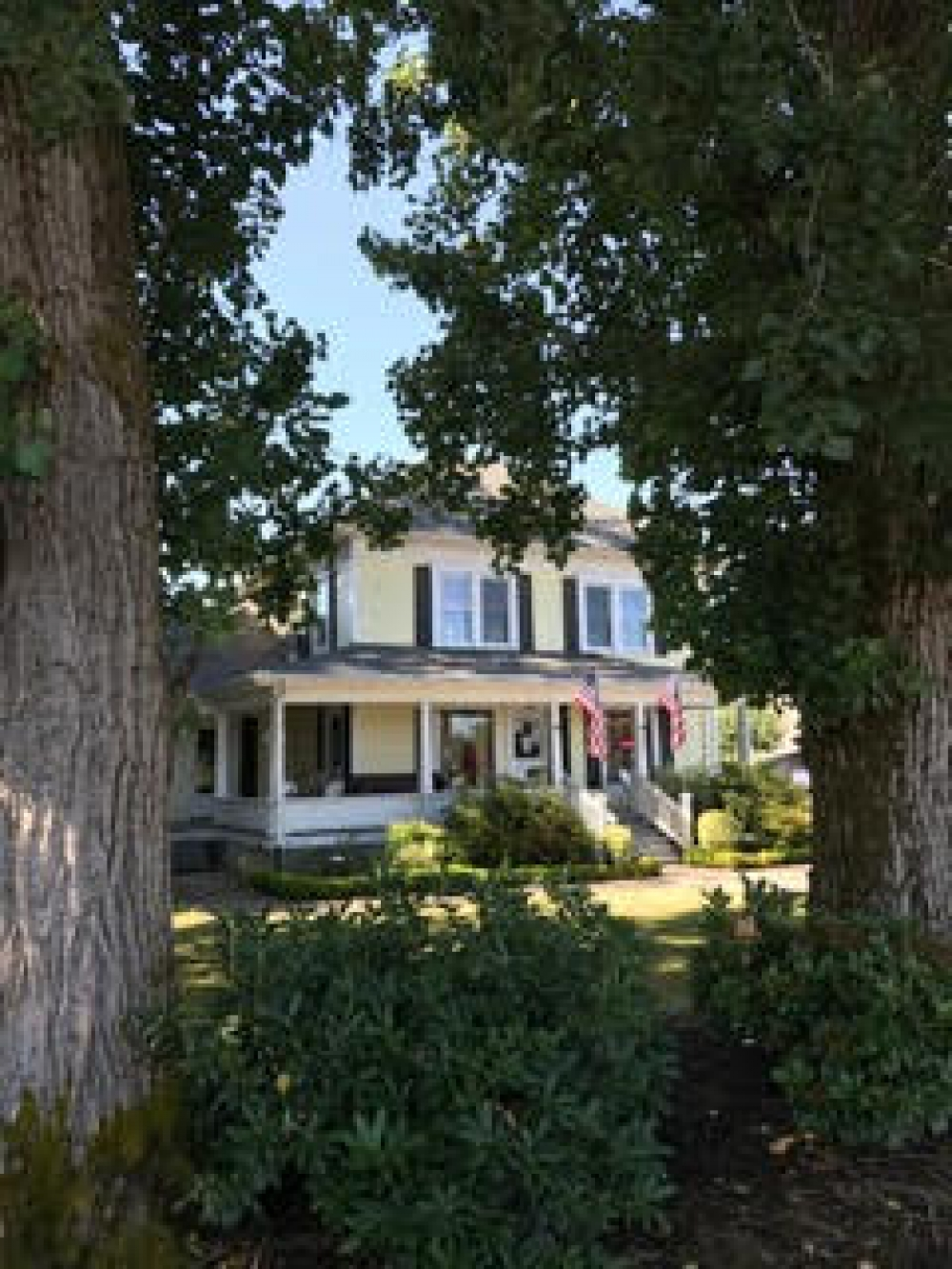 Oregon bed and breakfast inn for sale - Prairie House Inn