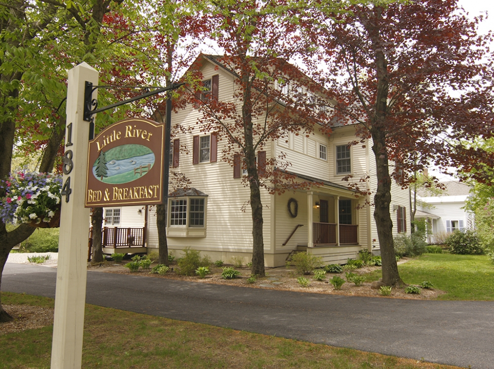 New-Hampshire bed and breakfast inn for sale - Little River Bed & Breakfast