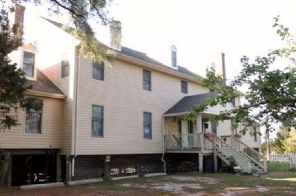 Virginia bed and breakfast inn for sale - Sea Shell Manor