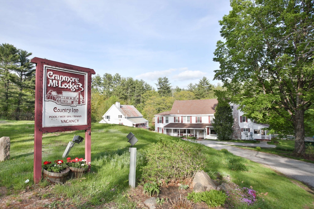 New-Hampshire bed and breakfast inn for sale - Cranmore Mountain Lodge Bed & Breakfast