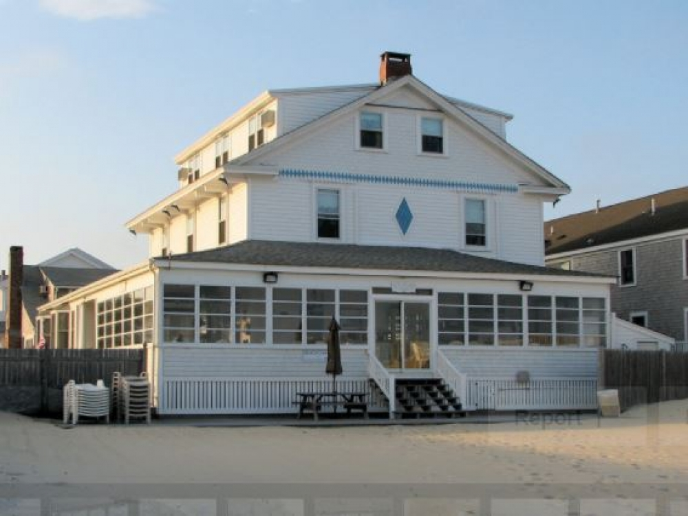 Massachusetts bed and breakfast inn for sale - By The Sea Guests Bed & Breakfast & Suites