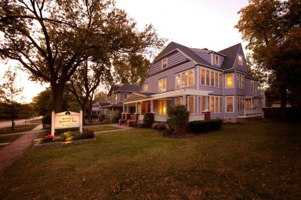 Kansas bed and breakfast inn for sale - Abilene