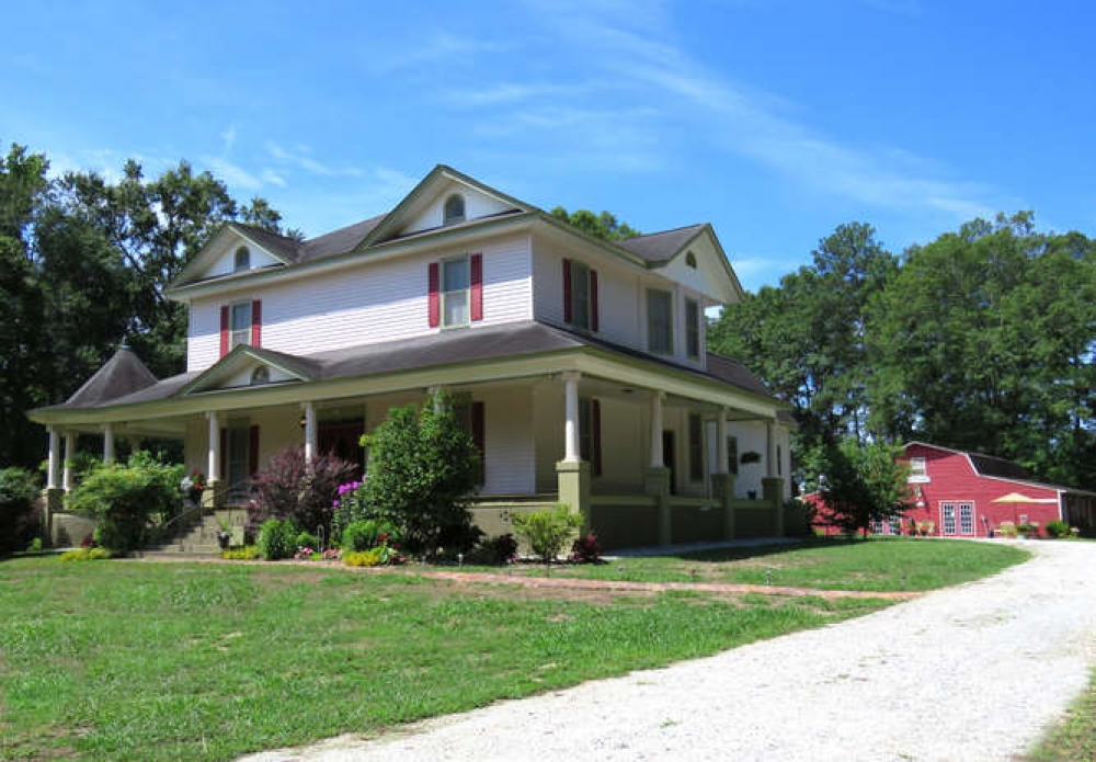South-Carolina bed and breakfast inn for sale - Lady Amelia Bed & Breakfast Inn & Restaurant