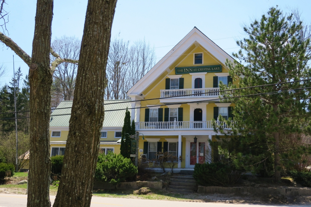 New-Hampshire bed and breakfast inn for sale - The Inn At Crystal Lake