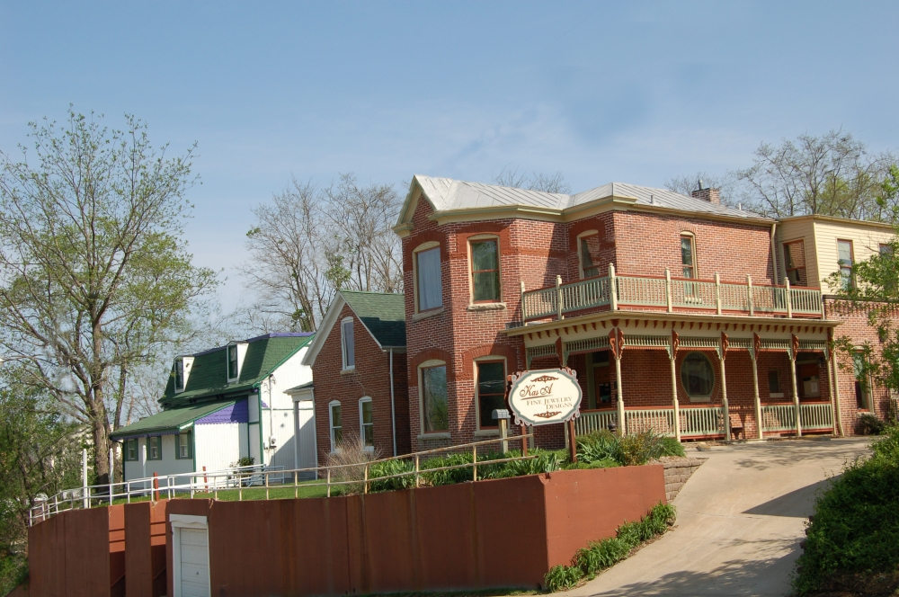 Missouri bed and breakfast inn for sale - Dunklin Street