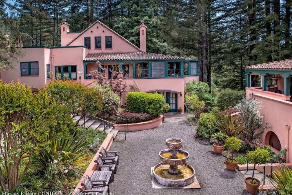 California bed and breakfast inn for sale - Applewood Inn