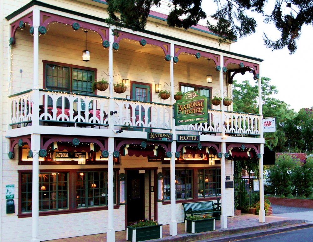 California bed and breakfast inn for sale - 1859 Historic National Hotel & Restaurant