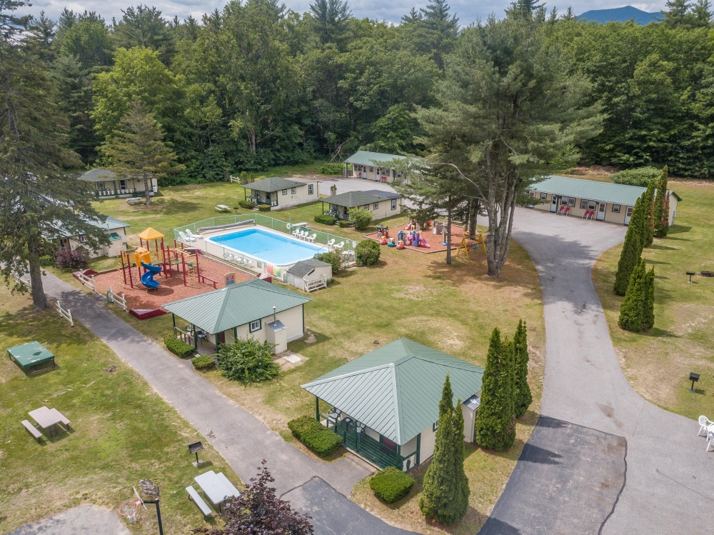 New-Hampshire bed and breakfast inn for sale - Perry