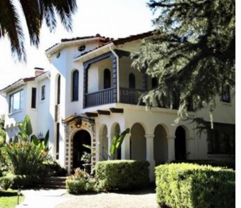 California bed and breakfast inn for sale - Acacia Mansion