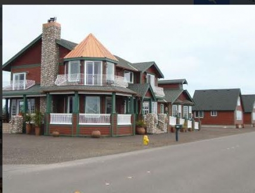 Washington bed and breakfast inn for sale - Collins Inn and Seaside Cottages