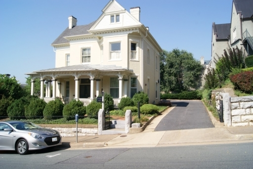 Virginia bed and breakfast inn for sale - Frederick House