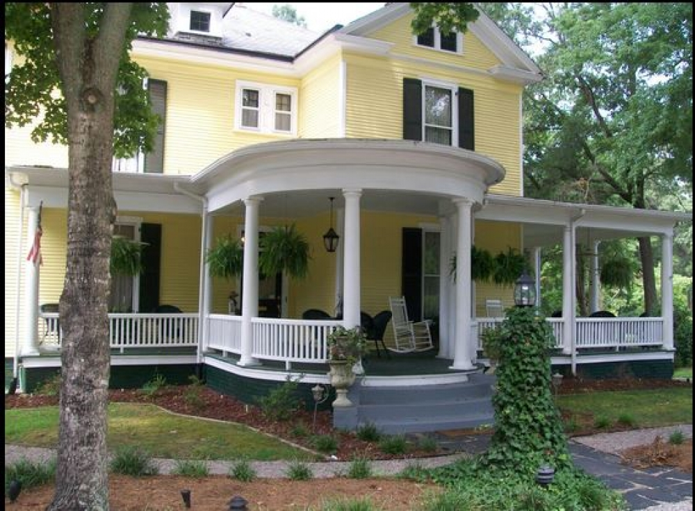Ivy Bed and Breakfast in Warrenton   Ivy Bed and Breakfast ...