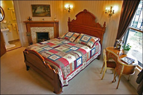 Lamplighter Bed and Breakfast