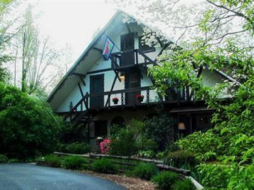 Georgia bed and breakfast inn for sale - Lily Creek Lodge