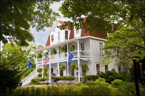 Arkansas bed and breakfast inn for sale - Award-Winning Mount Victoria Bed and Breakfast