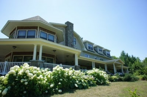 New-Hampshire bed and breakfast inn for sale - New Hampshire Resort