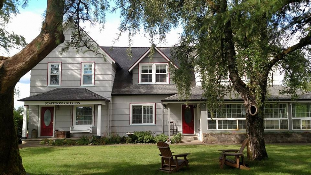 Oregon bed and breakfast inn for sale - Scappoose Creek Inn