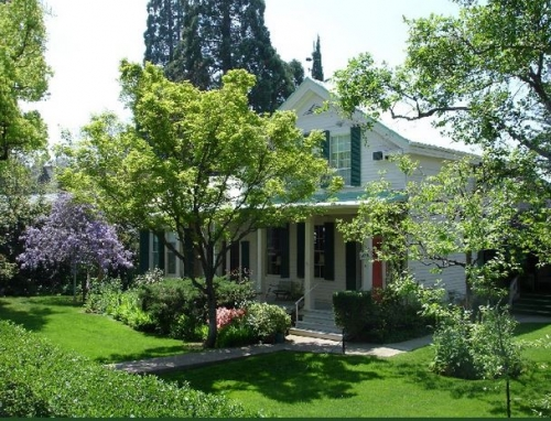 California bed and breakfast inn for sale - SUTTER CREEK INN
